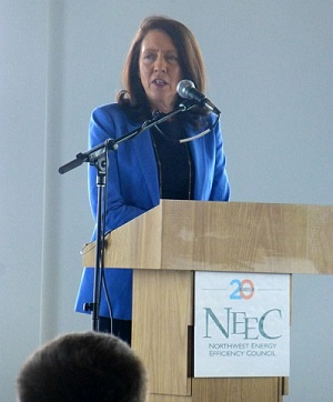 Maria Cantwell speaking at NEEC event